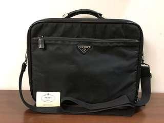 🚚 二手正品 PRADA 黑色公事包/電腦包/斜背包/肩背包/手提包(可拆式背帶)