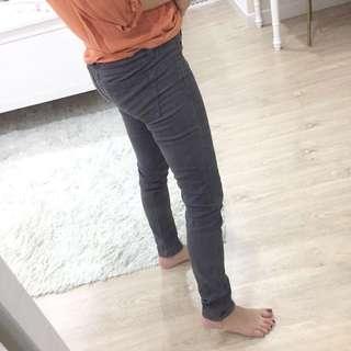 Forever 21 skinny denim jeans