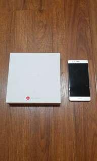 Huawei P9 32 gb - New Battery no USB cable