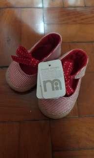 Sepatu bayi / prewalker mothercare