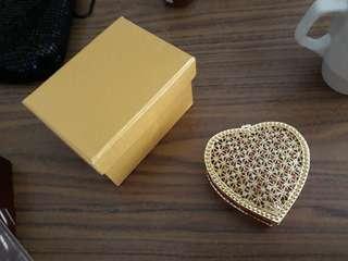 NEW small heart shaped diamante jewelry case in box