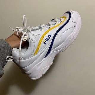 🚚 FILA鞋