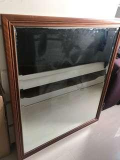 🚚 Wood framed Mirror