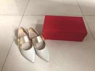 Oriental traffic shoes
