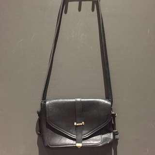 Charole Black Leather Bag
