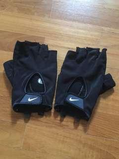 Nike Fit Dry Men Gloves Size L