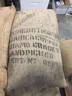 (全新庫存福利品出清)進口咖啡原豆60斤/50斤x2曼特寧 摩卡 哥倫比亞 藍山 巴西