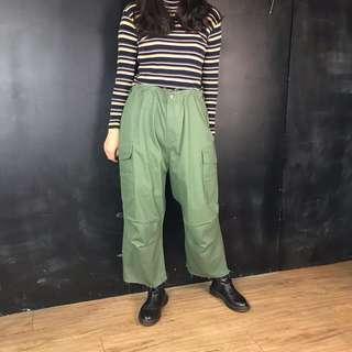 🚚 新品超大尺寸綠色軍褲寬褲