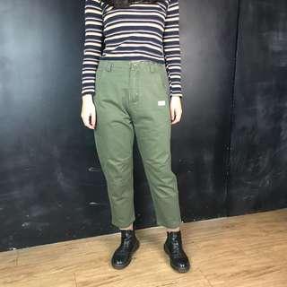 🚚 新品小布章工作感綠長褲