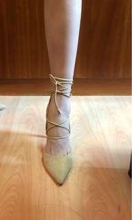 🚚 Sam Edelman heels creamy suede