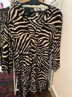 Zebra side slit tunic