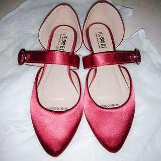 SALE Little thing flat shoes
