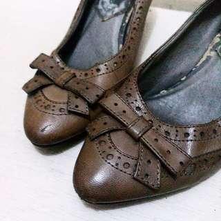 🎈CLEARANCE SALE🎈OE Vintage Pointed Heels