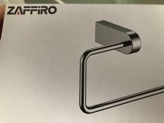 Zaffiro Towel Ring