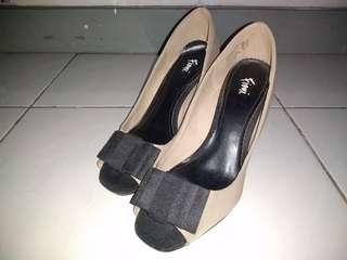 (PRELOVED) FIONI Luxury Bow High Heels Size 38.5