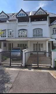 3.5 storey Terrace for Rent