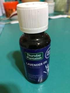 🚚 Thursday plantation Lavender calming oil