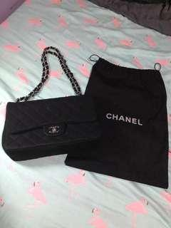 Chanel double flap jumbo bag in silver hardware