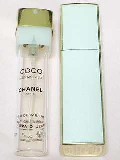 🚚 $20 FAST DEAL (USED) AUTHENTIC CHANEL COCO MADEMOISELLE EDP REFILLABLE TRAVEL CASE