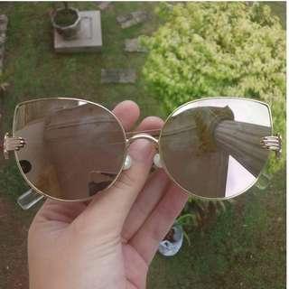 Sunglasses / Kacamata Hitam