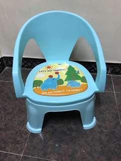 BB 幼兒 咇咇 發聲 凳仔 小椅子