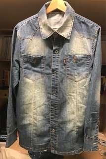 🚚 Vintage cooljacky denim shirt 古著丹寧水洗藍牛仔襯衫(可當外套內搭T-shirt )