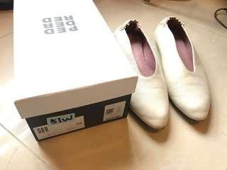 Peddar Red soft white leather flats 39