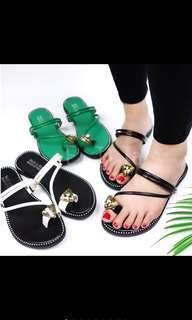 🚚 鑽石拖鞋