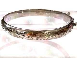 UK Antique 1972 Sterling Silver Bracelet/ Bangle, C.P.S (CPS Jewellery Company Ltd), 12g, 6.7cmx5.8cm Diameter, 0.9cm Thickness, Anchor + Lion + Date Letter (X) = 1972, Birmingham English, Full UK Hallmarks, 英國古董純銀手鐲手鈪腳鐲臂鐲