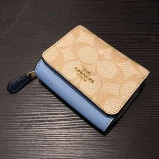 🚚 Coach Wallet New Authentic for Women