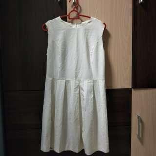 Cream/ white dress
