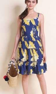 🚚 Neonmello Thalia Tier A Line Dress