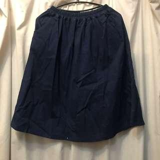 🚚 深藍 挺 半身裙 裙子