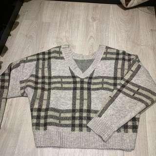🚚 全新 格紋v領針織上衣