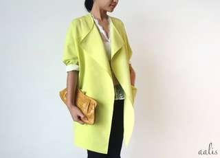 aalis's color blocking jacket in lime