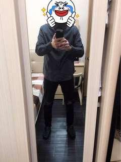 🚚 黑底白點長袖襯衫