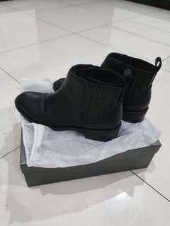 Stacatto boots