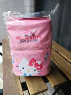 台灣康是美HELLO KITTY 45週年圓筒化妝包