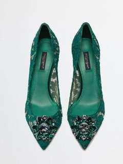 Dolce & Gabbana Pump in Taormina Lace with Crystals Pumps