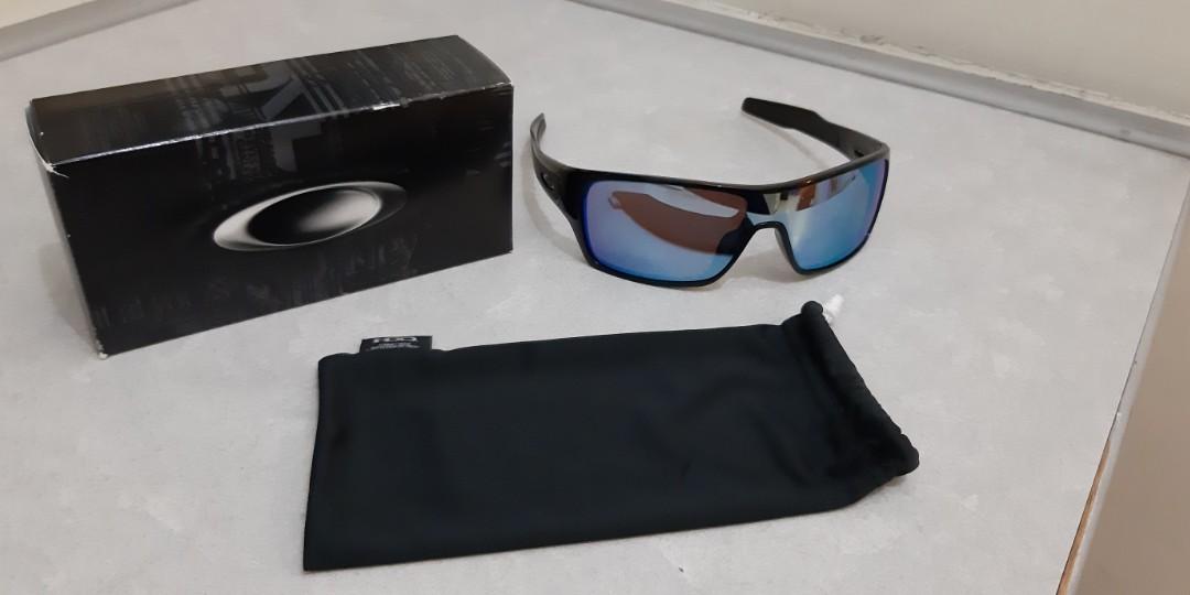 b1c6d712e0 Authentic BNIB Oakley Sunglasses