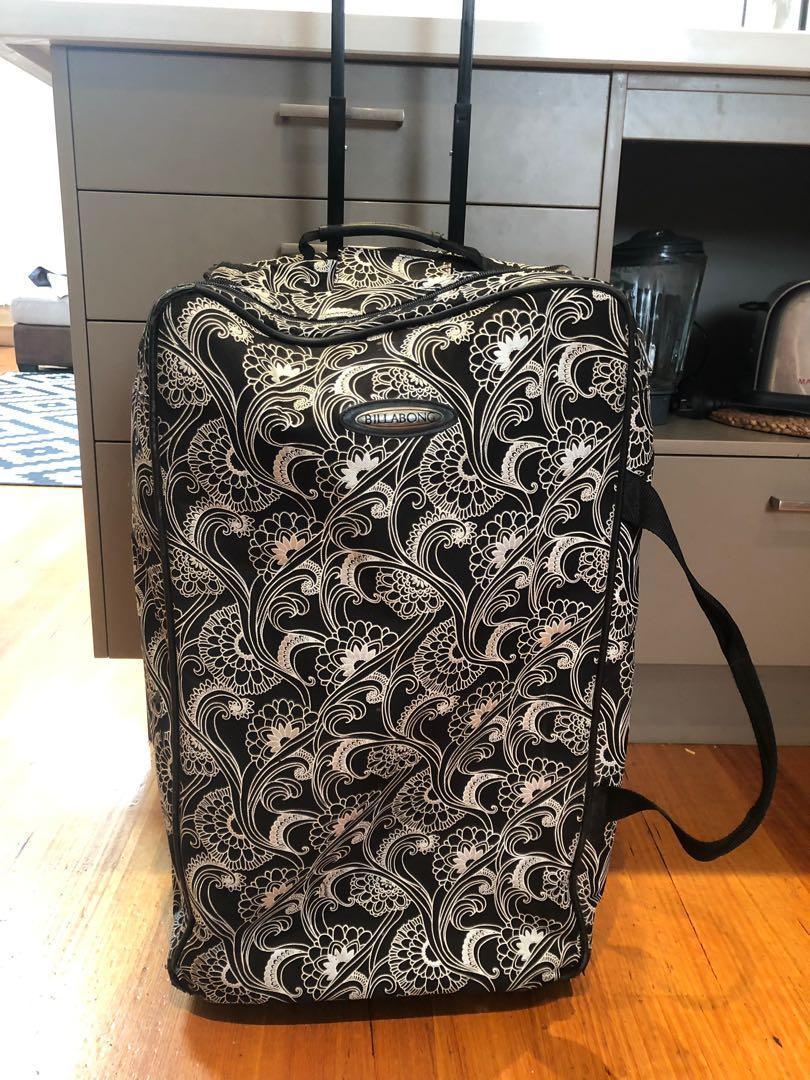 Billabong suit case!