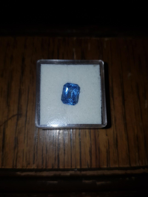 Blue loose Stone