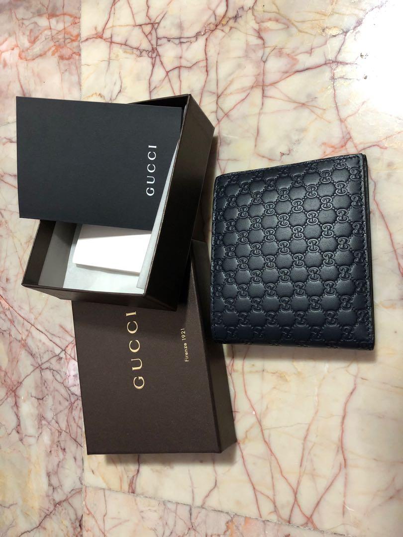 f0829b5245ac8e BNIB Authentic Gucci Men's Bi-fold Wallet (Navy Blue), Men's Fashion ...