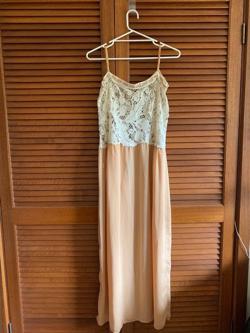 BNWT Sportsgirl Bohemian maxi dress with lace