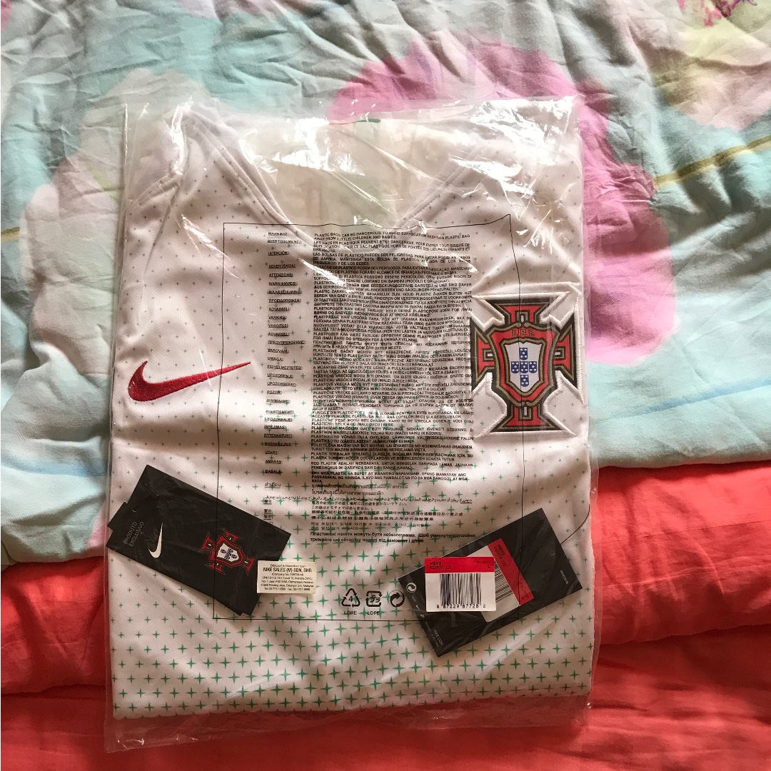 cfbaded31 Brand new with tags portugal away 2018 world cup nike jersey size L ...