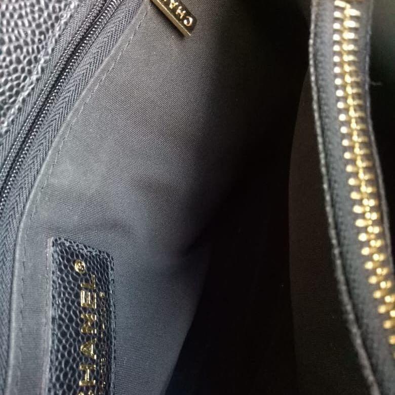 Chanel Totebags Size 35cm ada hologram kulit asli bonus gantungan Pom2