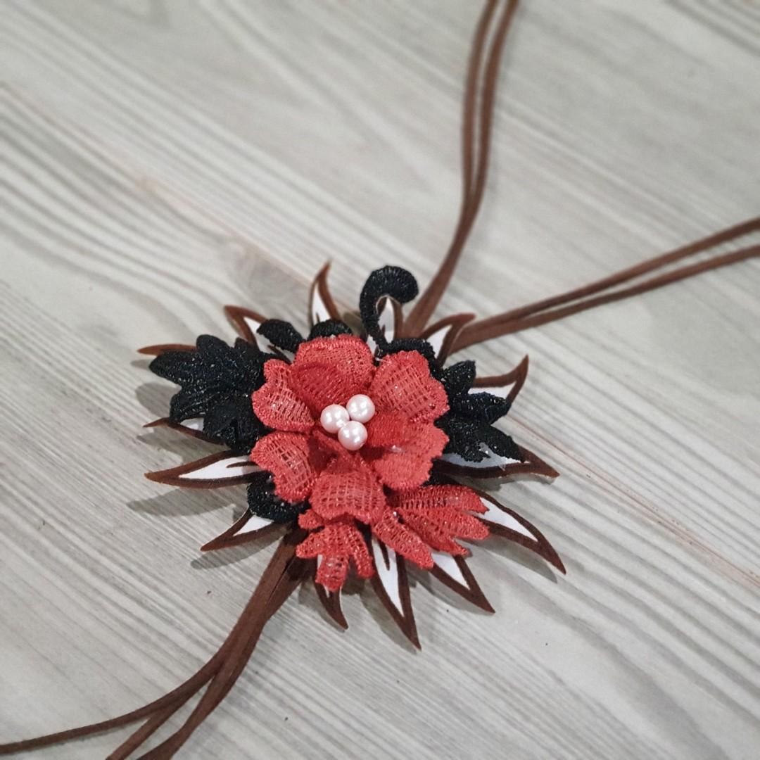Kalung Bunga Batik B