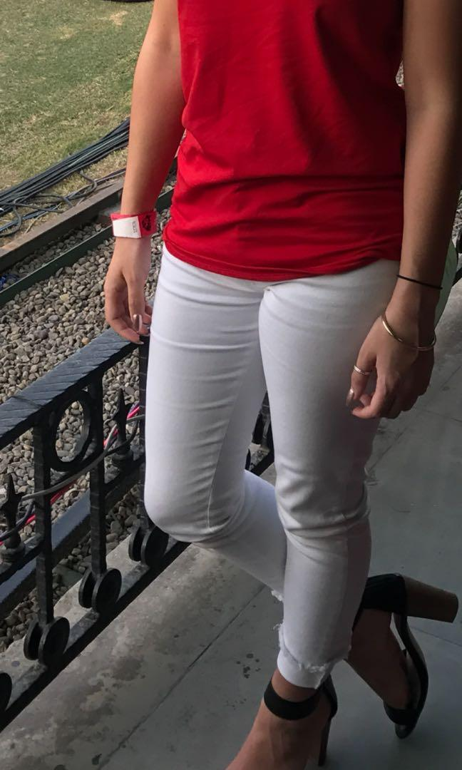 LONG LOST LOW RISE WHITE SKINNY JEANS WITH RIPPED HEM