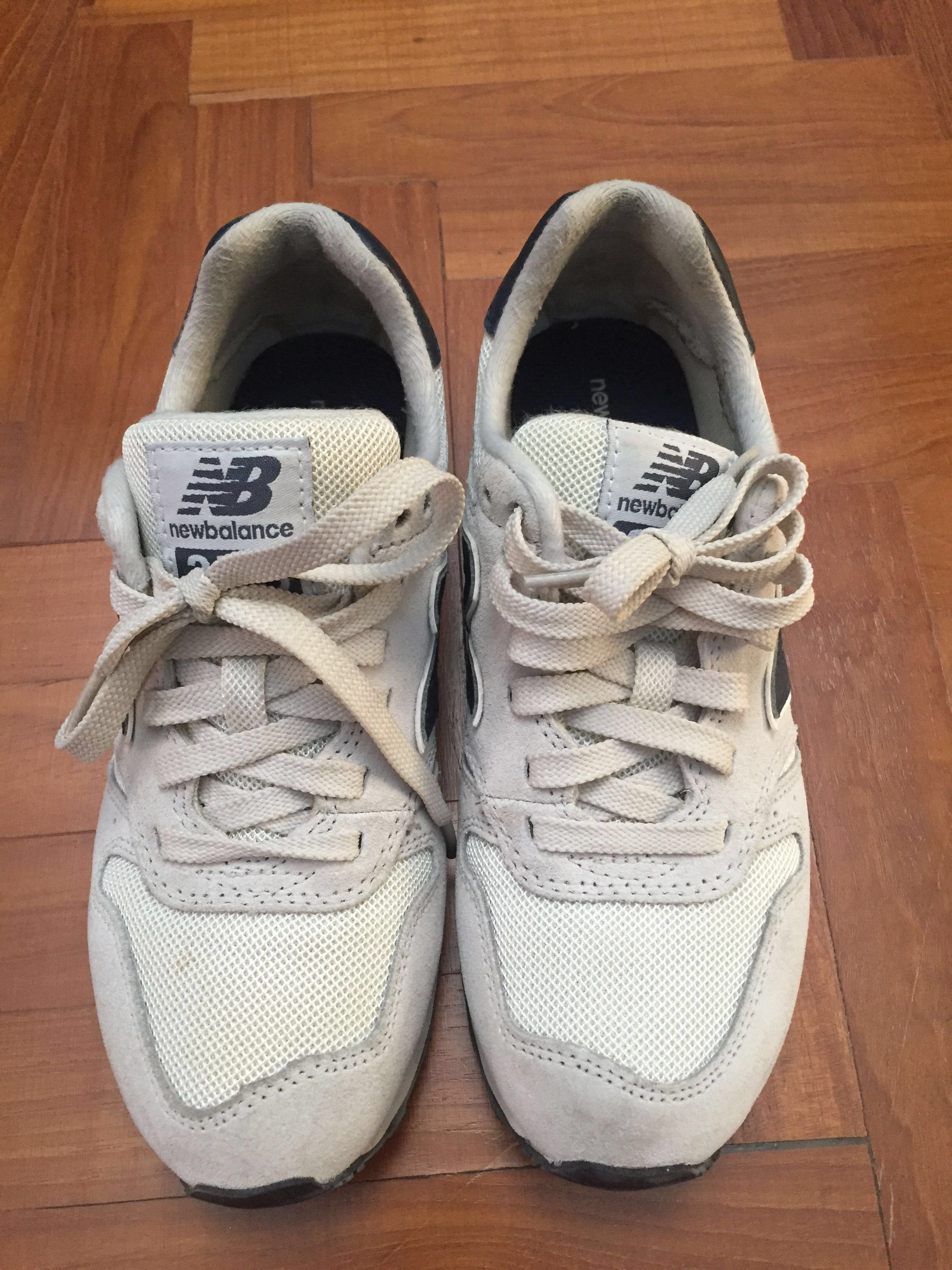 promo code 54299 a2a27 New balance 373 off-white with navy blue, Women's Fashion ...