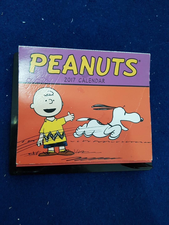 Peanuts Paper Calender